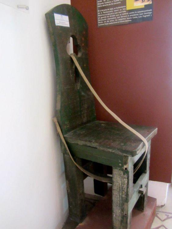 Torture chair, San Telmo, Buenos Aires