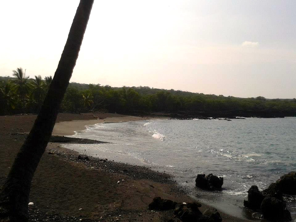 Honomolino Bay