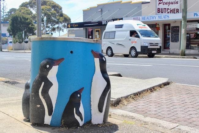 Penguin trash can