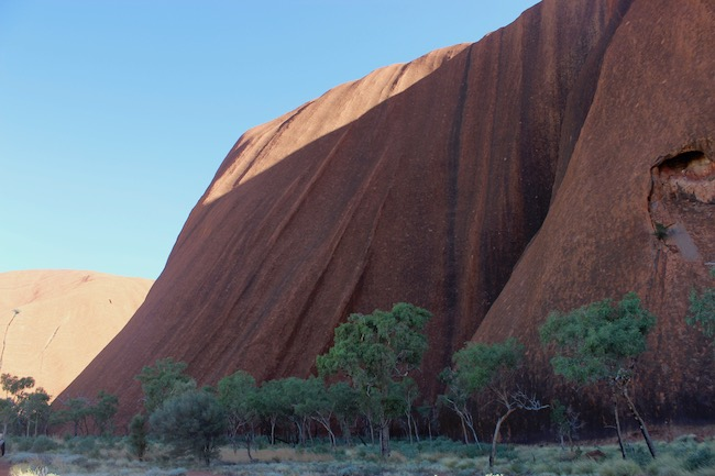 Uluru sweeping side